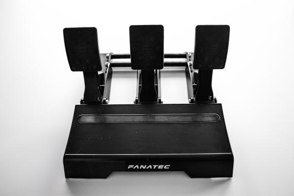 hardware test fanatec csl elite serie high end hardware. Black Bedroom Furniture Sets. Home Design Ideas
